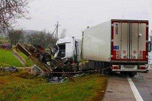 Опасности работы водителя дальнобойщика: монотонность