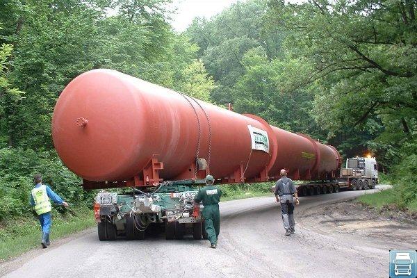 Фото: Проектные грузы, перевозка низкорамником
