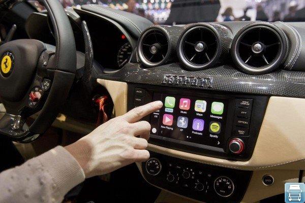 управление системой CarPlay