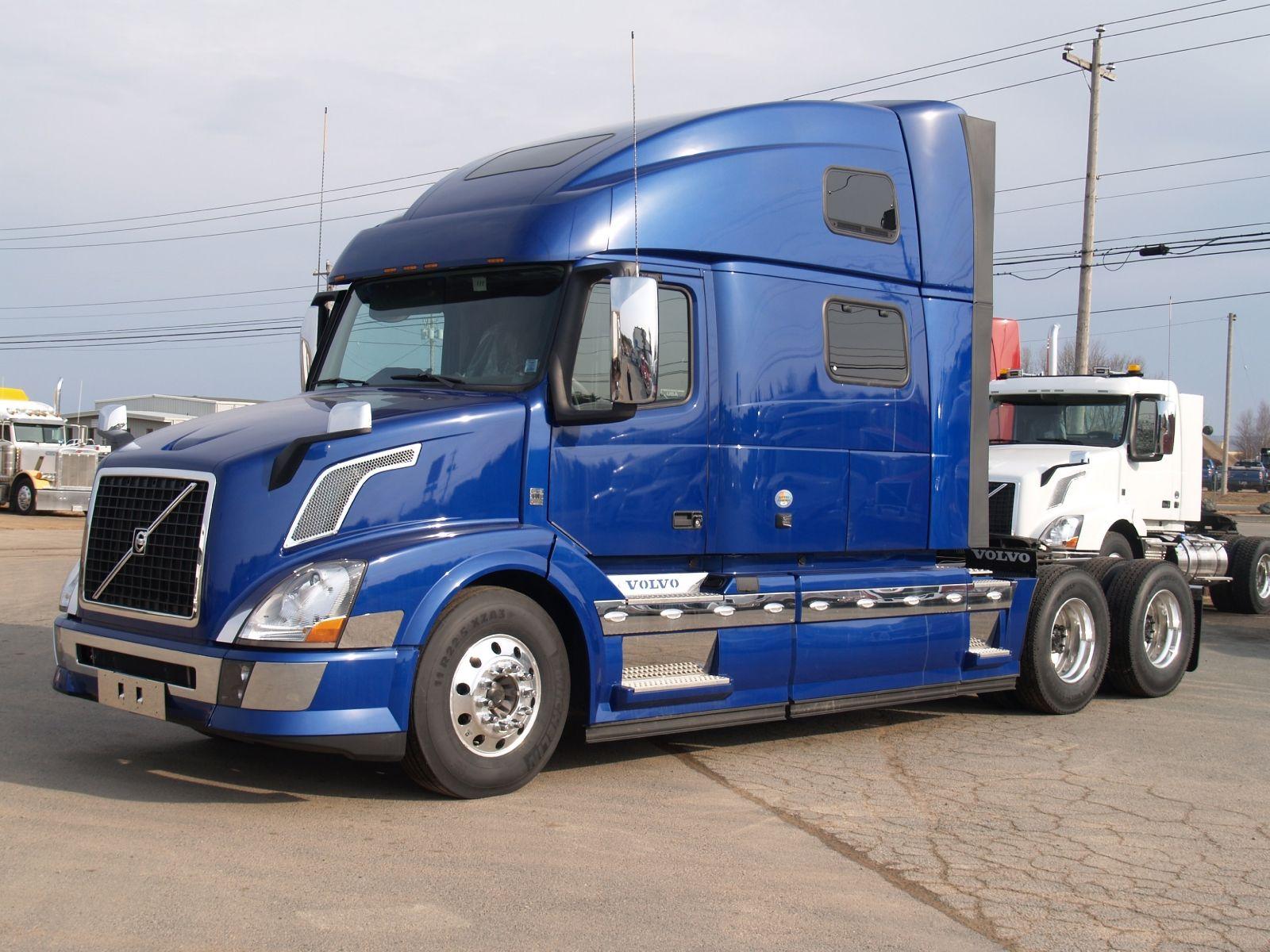 Volvo VNL 780: надёжный грузовик для дальнобойщиков