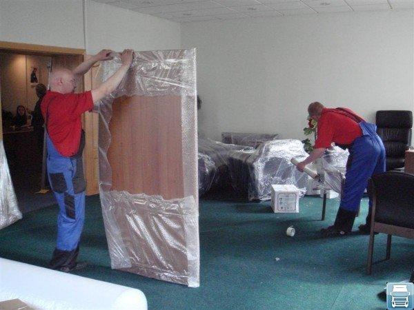 Обертка мебели экспертами