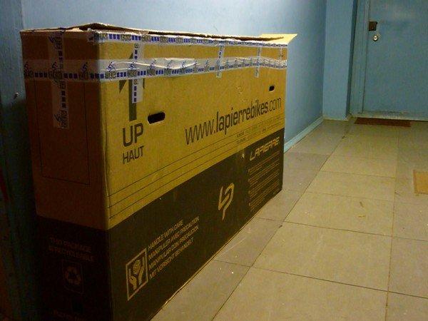 Перевозка велосипеда в картонной коробке