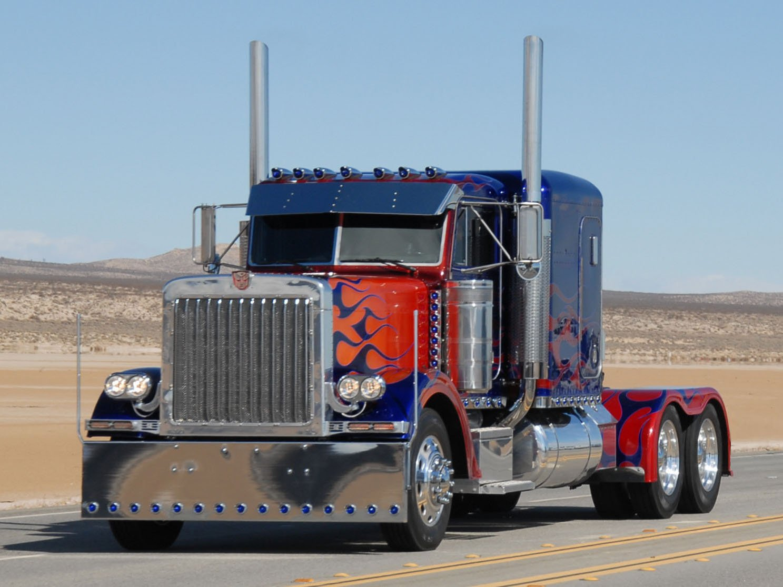 Петербилт 379 — магистральный тягач из Америки