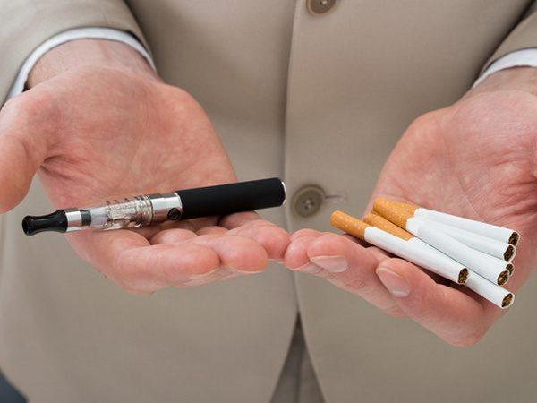 Обычные сигареты и электронный аналог