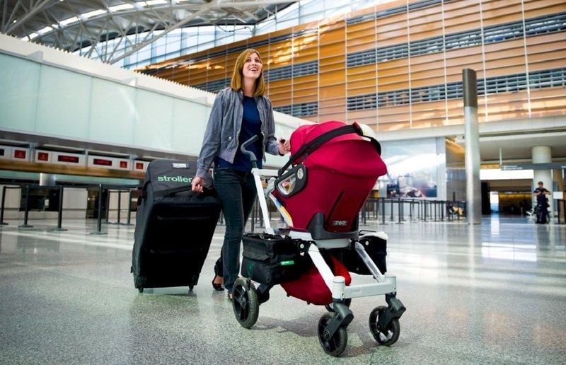 Какую коляску можно брать в самолёт: размеры и габариты