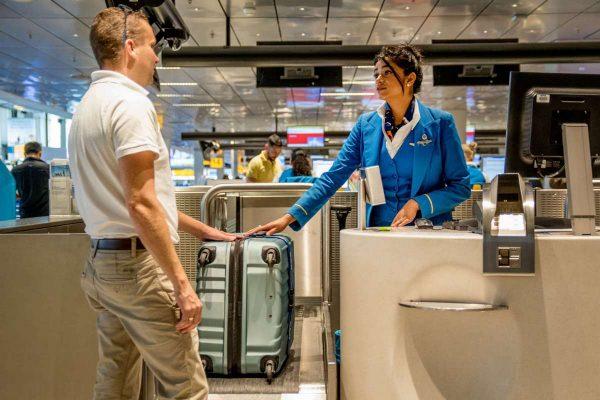 В самолёт ножницы разрешены только в багаже