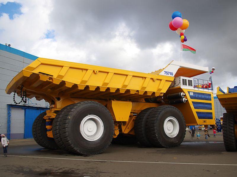 Самые большие грузовые машины в мире: фото и характеристики гигантов