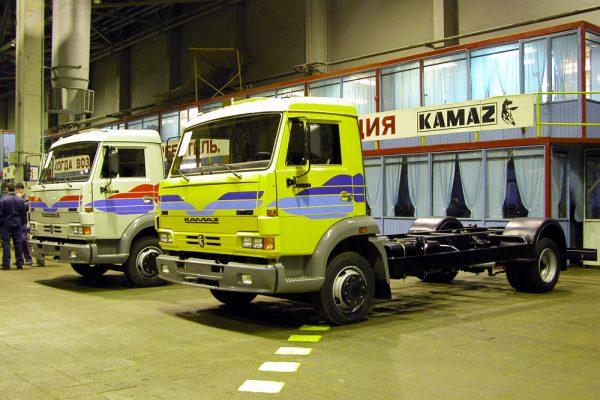 КамАЗ-4308 в разных расцветках