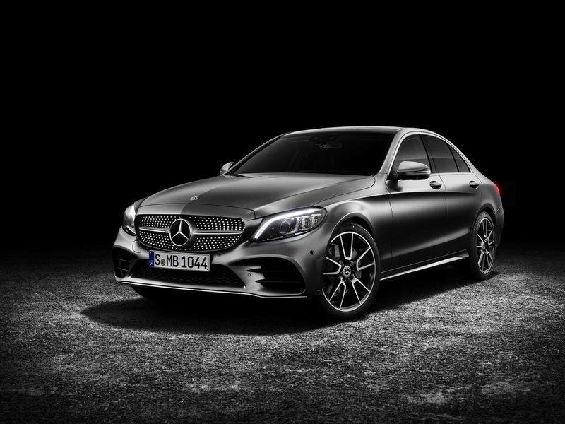 В 2020 годуMercedes-Benz выпускает новое поколение модели S-класса