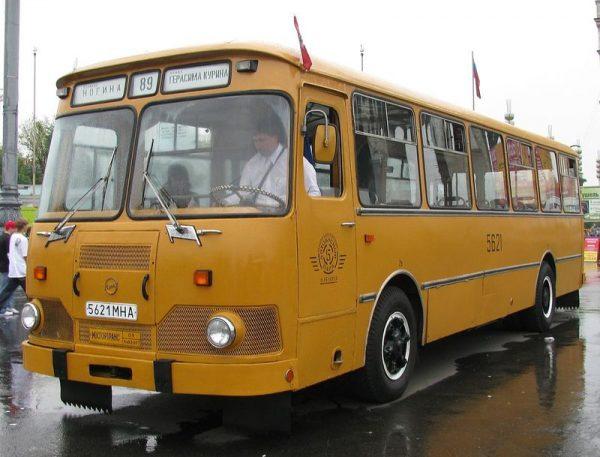 50 тысяч советских автобусов в России перевозят людей