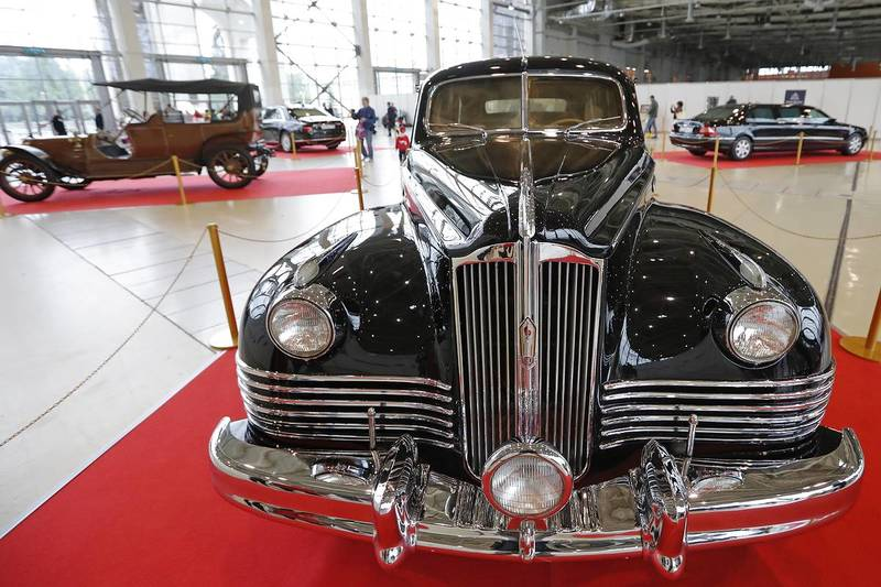 В Москве впервые проведена выставка автомобилей государственной важности