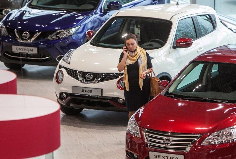 Стало известно о грозящем скачке цен на автомобили в России