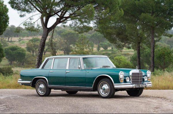 Mercedes-Benz 600 со стеклянной крышей