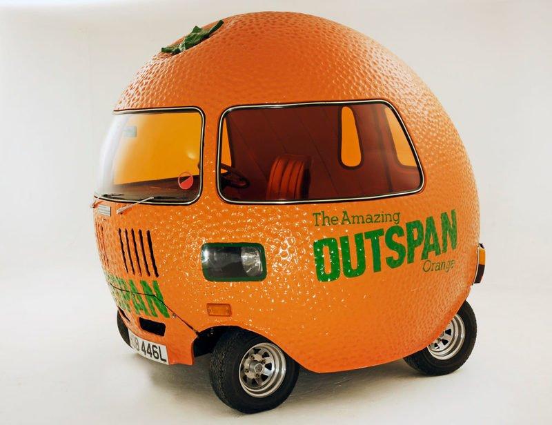 КомпанияMini выпустила новый автомобильOutspan Orange