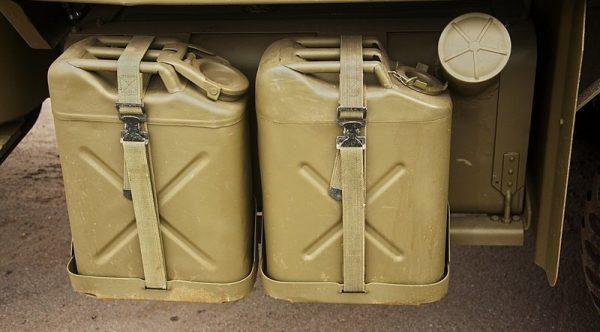 Канистры для топлива и воды Studebaker US 6
