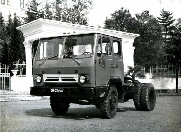 Тягач КАЗ-608