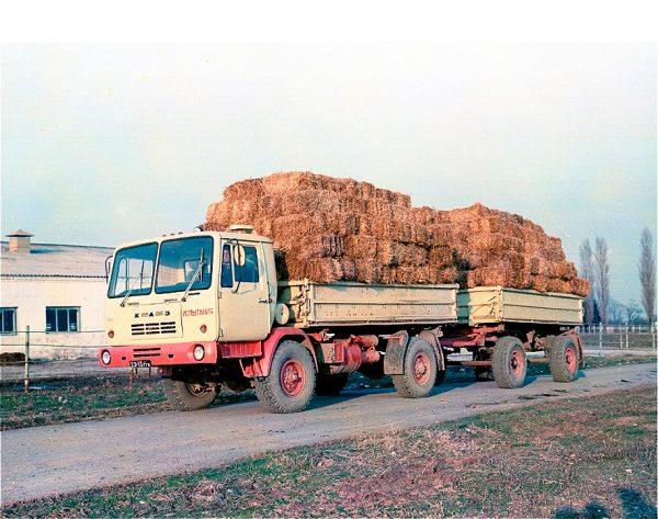 Грузовик КАЗ-4540 с прицепом
