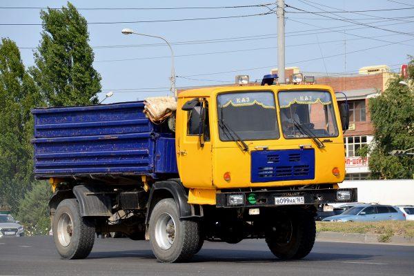 Фото КАЗ-4540 на современной дороге