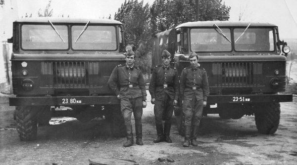 Армейские грузовики ГАЗ-66