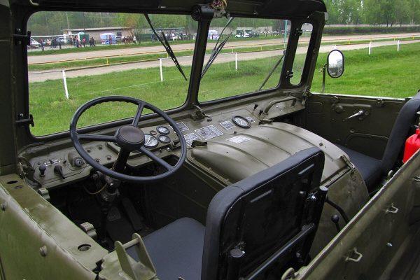 Кабина ГАЗ-66 с брезентовым верхом