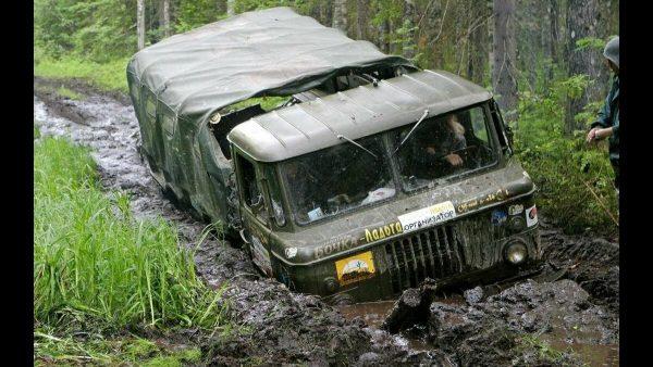 ГАЗ-66 «Шишига» в грязи