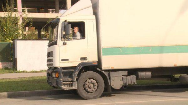 Евгения Маркова за рулем грузовика MAN