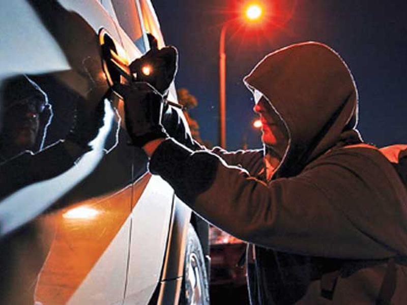 Автомобили угоняют чаще в октябре