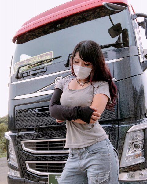Рино Сасаки — самая красивая дальнобойщица Японии