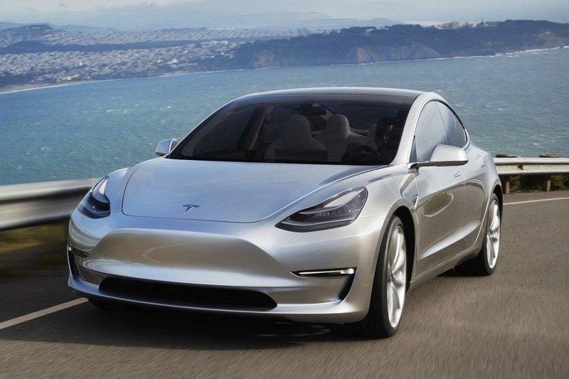 ПродажиTesla Model 3 активно растут