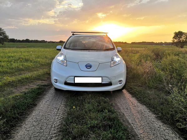 Nissan Leaf за городом