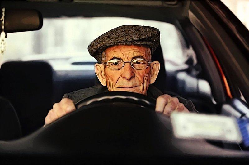 Рейтинг автомобилей, которые выбирают водители после 55 лет
