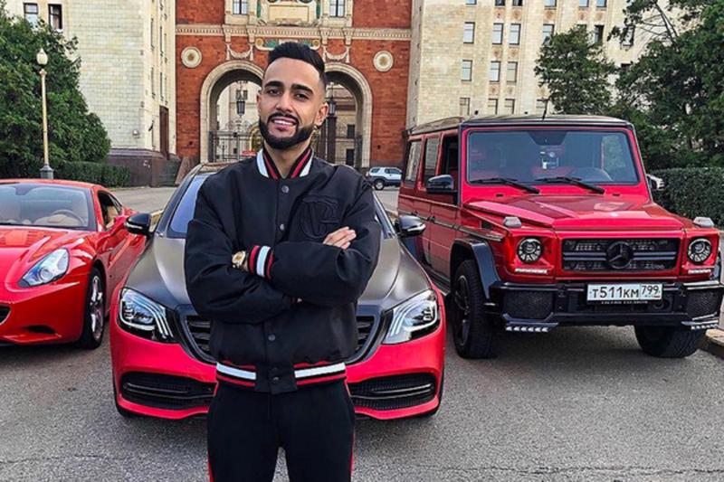 Известный блогер устроил гонки в Самаре