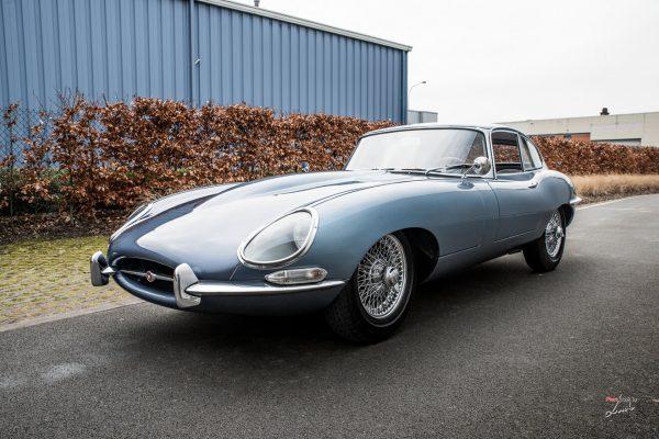 Классический Jaguar E-type