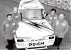 Lada Niva с командой гонщиков