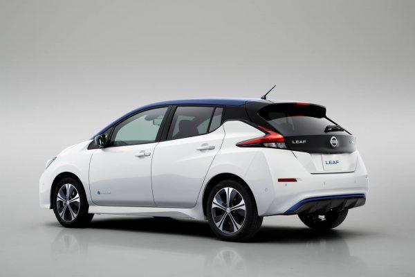 Nissan Leaf 2018 — фото