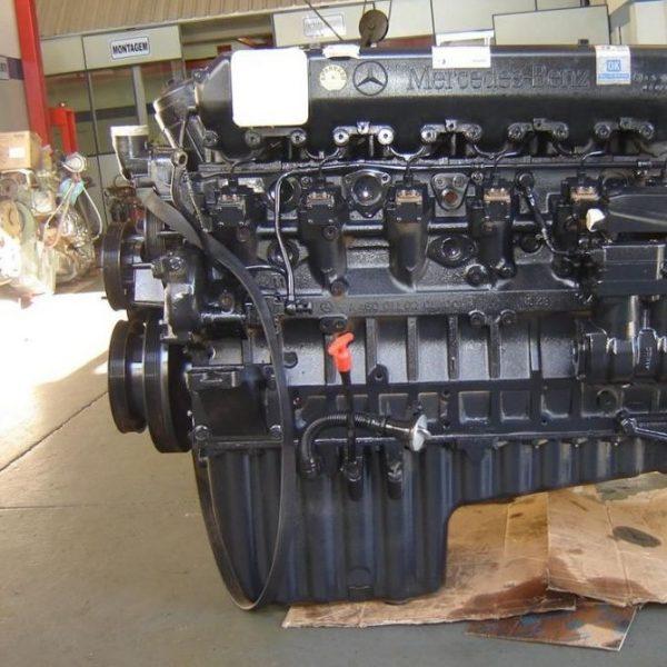 Расположение датчика уровня масла в двигателе Камаз 5490