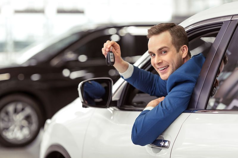 Автомобили каких брендов меньше всего теряют стоимость в России: исследование «Автостат Инфо»