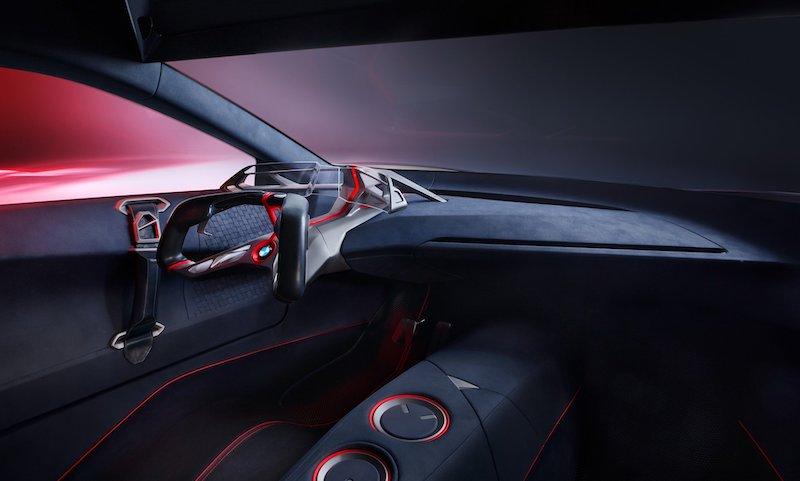 Новая технология BMW, которая не позволит кофе пролиться в салоне машины
