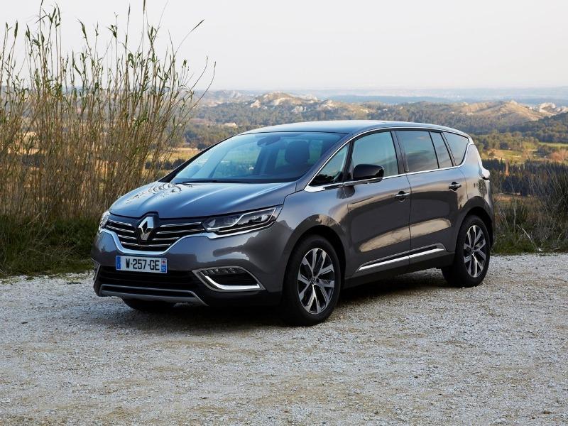Первым автомобилем Renault, который получил матричные фары, стал минивен